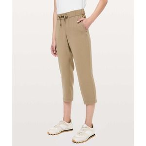 Lululemon On The Fly Crop Pant in Frontier